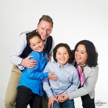 familiefoto familieportret spontaan studiofotografie Zutphen