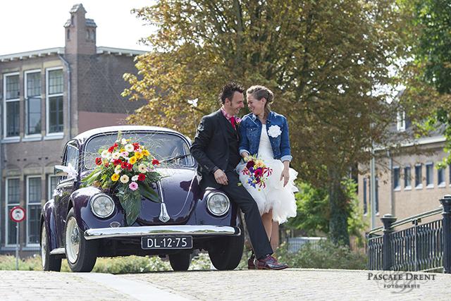 trouwauto kever Zutphen Pascale Drent fotografie trouwreportage